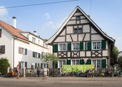 See top driving schools in Allschwil